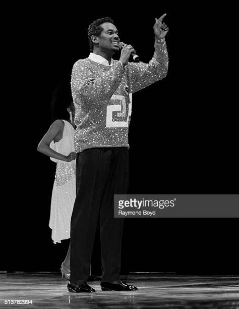 Singer Luther Vandross performs at the Rosemont Horizon in Rosemont Illinois in 1986