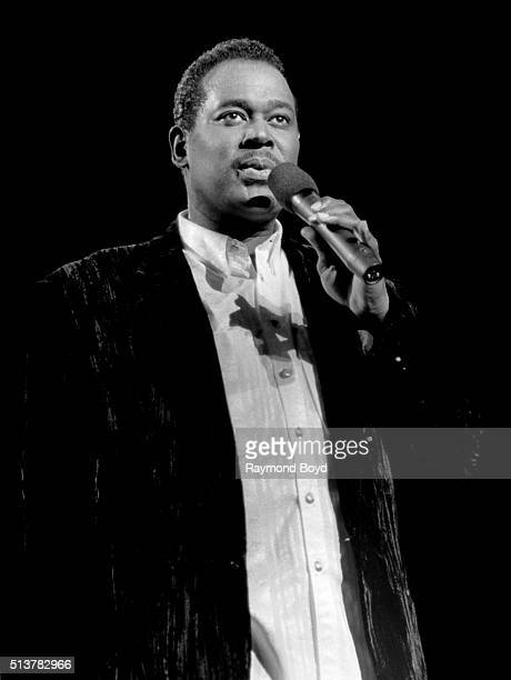 Singer Luther Vandross performs at the Tweeter Center in Tinley Park Illinois in 1995
