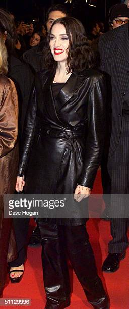 Singer Madonna arrives at the MTV awards on November 12, 1998 in Milan, Italy.