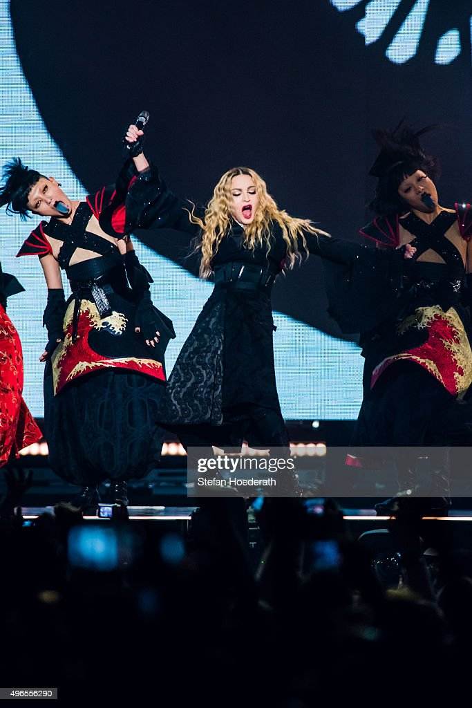Madonna Performs In Berlin : News Photo