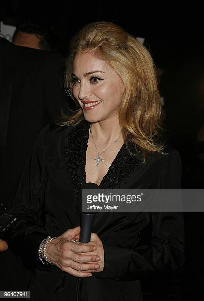 Singer Madonna poses in the Press Room at the 2009 MTV Video Music Awards at Radio City Music Hall on September 13 2009 in New York City