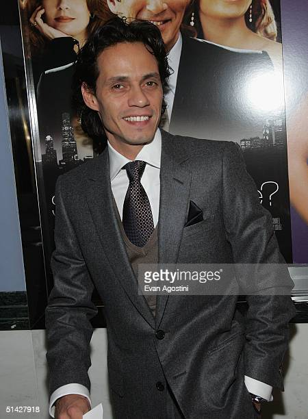 Singer Marc Anthony arrives at the premiere of 'Shall We Dance' at the Paris Theater October 5 2004 in New York City