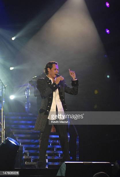 """Singer Marc Anthony performs at the Trump Taj Mahal Casino and Resort at the """"En Concierto"""" tour opener on September 28, 2007 in Atlantic City, New..."""