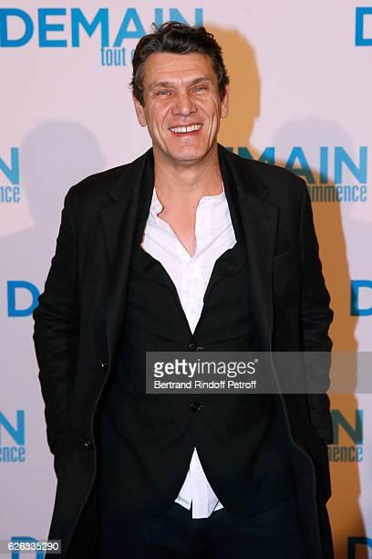 Singer Marc Lavoine attends the Demain Tout Commence Paris Premiere at Cinema Le Grand Rex on November 28 2016 in Paris France