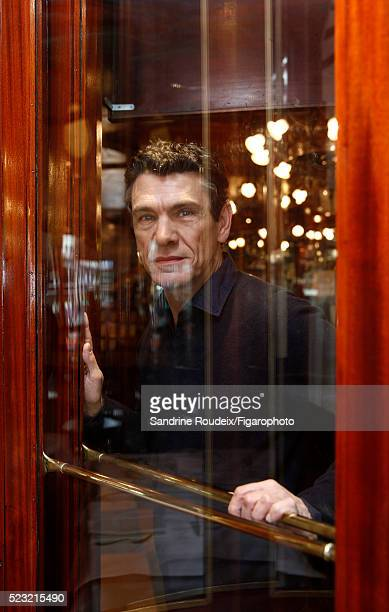 Singer Marc Lavoine is photographed for Madame Figaro on February 15 2016 in Paris France CREDIT MUST READ Sandrine Roudeix/Figarophoto/Contour by...