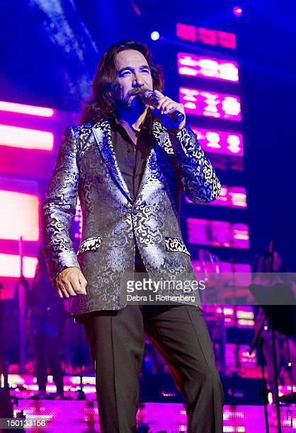 Singer Marco Antonio Solis performs at Izod Center on August 10, 2012 in East Rutherford, New Jersey.