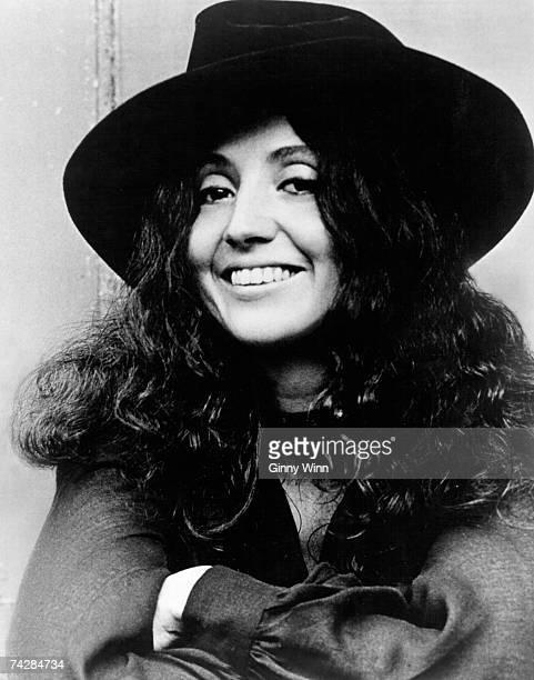 Singer Maria Muldaur poses for a portrait in circa 1974