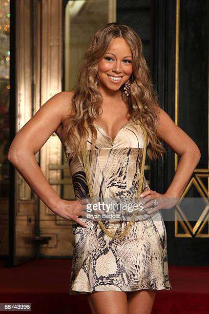"""Singer Mariah Carey appears on set during filming for her new music video """"Obsessed"""" at The Plaza Hotel June 29, 2009 in New York City."""