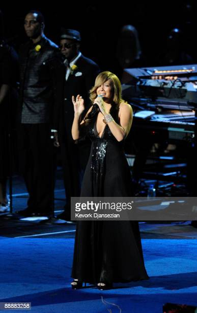 Singer Mariah Carey performs at the Michael Jackson public memorial service held at Staples Center on July 7, 2009 in Los Angeles, California....