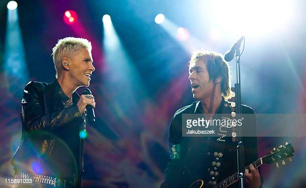 Singer Marie Fredriksson and Per Gessle of the Swedish band Roxette perform live during a concert at the Zitadelle Spandau on June 11 2011 in Berlin...