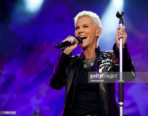 Singer Marie Fredriksson of the Swedish band Roxette performs live during a concert at the Zitadelle Spandau on June 11 2011 in Berlin Germany