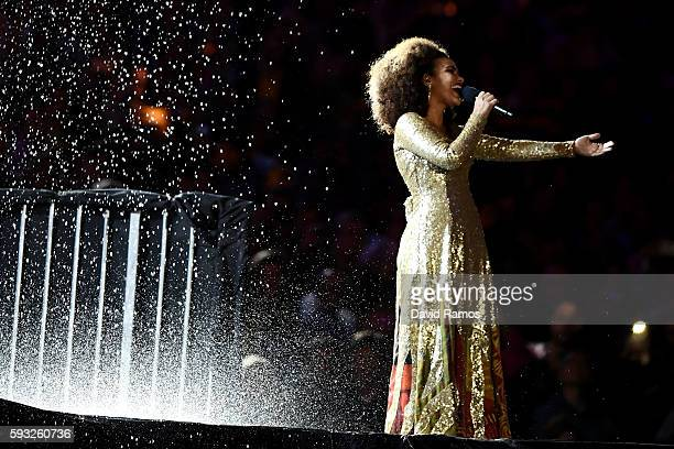 Singer Mariene de Castro performs during the Closing Ceremony on Day 16 of the Rio 2016 Olympic Games at Maracana Stadium on August 21 2016 in Rio de...