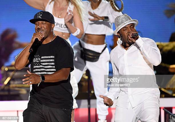 Singer Markell Riley of WreckxnEffect and honoree Teddy Riley perform onstage during the 2016 Soul Train Music Awards on November 6 2016 in Las Vegas...