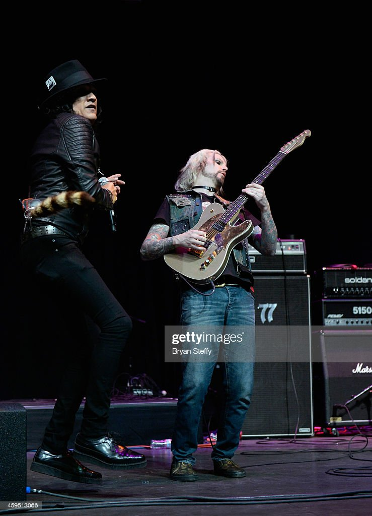 Singer Marq Torien (L) and guitarist John 5 perform during The 5th annual Vegas Rocks! Magazine Music Awards at The Pearl Concert Theater at the Palms Casino Resort on November 23, 2014 in Las Vegas, Nevada.