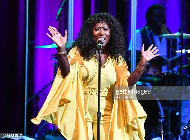 Singer Mary Davis of The SOS Band performs onstage during KISS 1041 Flashback 2019 Festival Series at Mable House Barnes Amphitheatre on May 25 2019...
