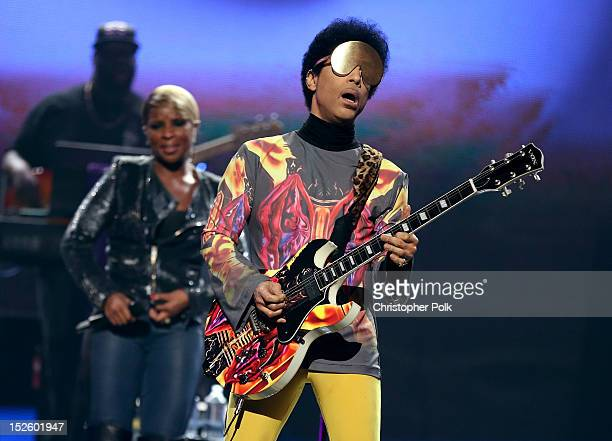 Singer Mary J Blige and recording artist Prince perform onstage during the 2012 iHeartRadio Music Festival at the MGM Grand Garden Arena on September...