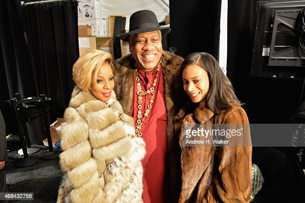 Singer Mary J Blige Andre Leon Talley and guest attend the Dennis Basso show during MercedesBenz Fashion Week Fall 2014 at Lincoln Center for the...