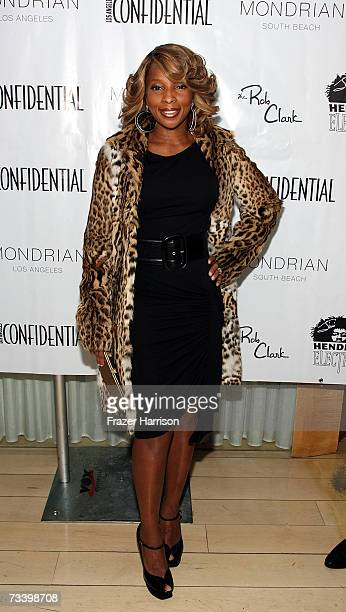 Singer Mary J. Blige arrives at LA Confidential Magazine's annual Oscar Party held at the Skybar at Mondrian, on February 22 ,2006 in Hollywood,CA