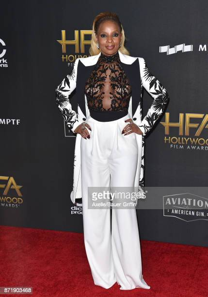 Singer Mary J Blige arrives at the 21st Annual Hollywood Film Awards at The Beverly Hilton Hotel on November 5 2017 in Beverly Hills California