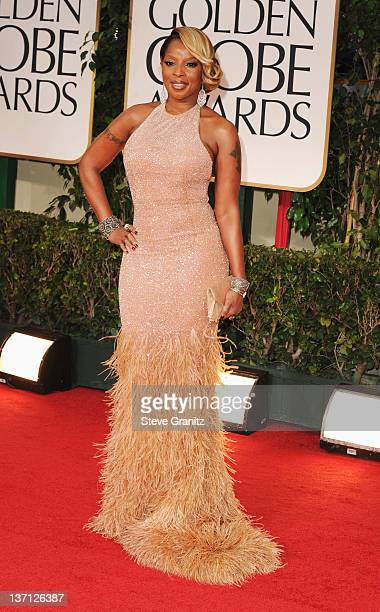 Singer Mary J Blige arrives at the 69th Annual Golden Globe Awards held at the Beverly Hilton Hotel on January 15 2012 in Beverly Hills California
