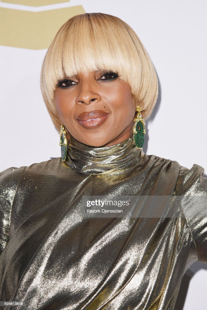 Singer Mary J. Blige attends Pre-GRAMMY Gala and Salute to Industry Icons Honoring Debra Lee at The Beverly Hilton on February 11, 2017 in Los Angeles, California.