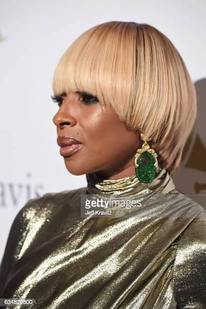 Singer Mary J Blige attends the 2017 PreGRAMMY Gala And Salute to Industry Icons Honoring Debra Lee at The Beverly Hilton Hotel on February 11 2017...