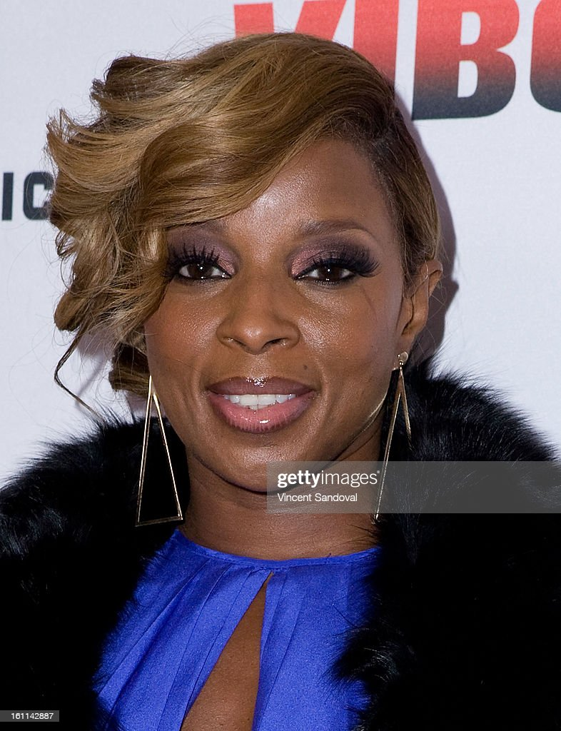 Singer Mary J. Blige attends VIBE Magazine's 20th anniversary celebration with inaugural impact awards - Arrivals at Sunset Tower on February 8, 2013 in West Hollywood, California.