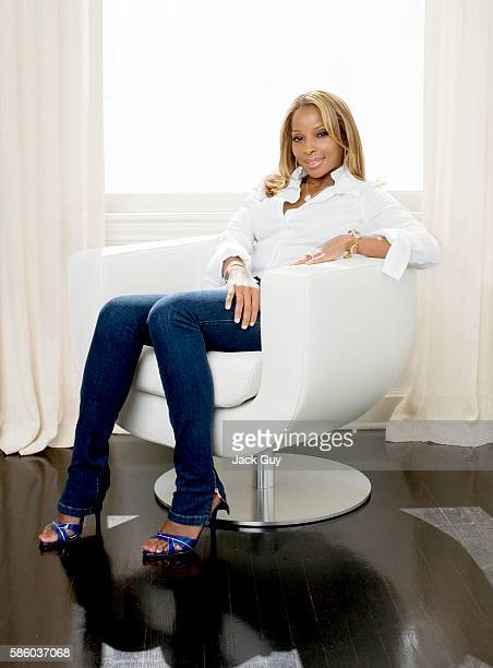Singer Mary J Blige is photographed for Hamptons Magazine in 2007