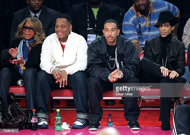 Singer Mary J Blige Kendu Isaacs rapper Ludacris and musician Prince watch the game during the 2007 NBA All Star Game held at the Thomas Mack Center...