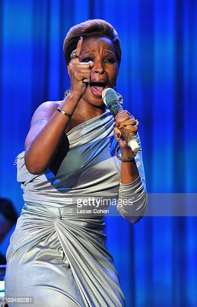 Singer Mary J Blige onstage during the 52nd Annual GRAMMY Awards Salute To Icons Honoring Doug Morris held at The Beverly Hilton Hotel on January 30...
