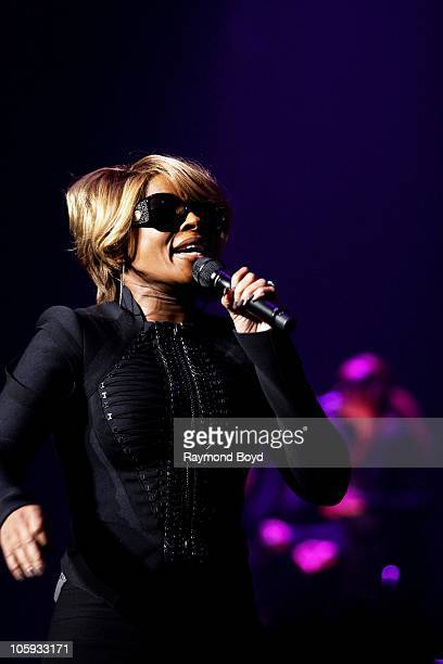 Mary J Blige Music Saved My Life Tour Pictures and Photos