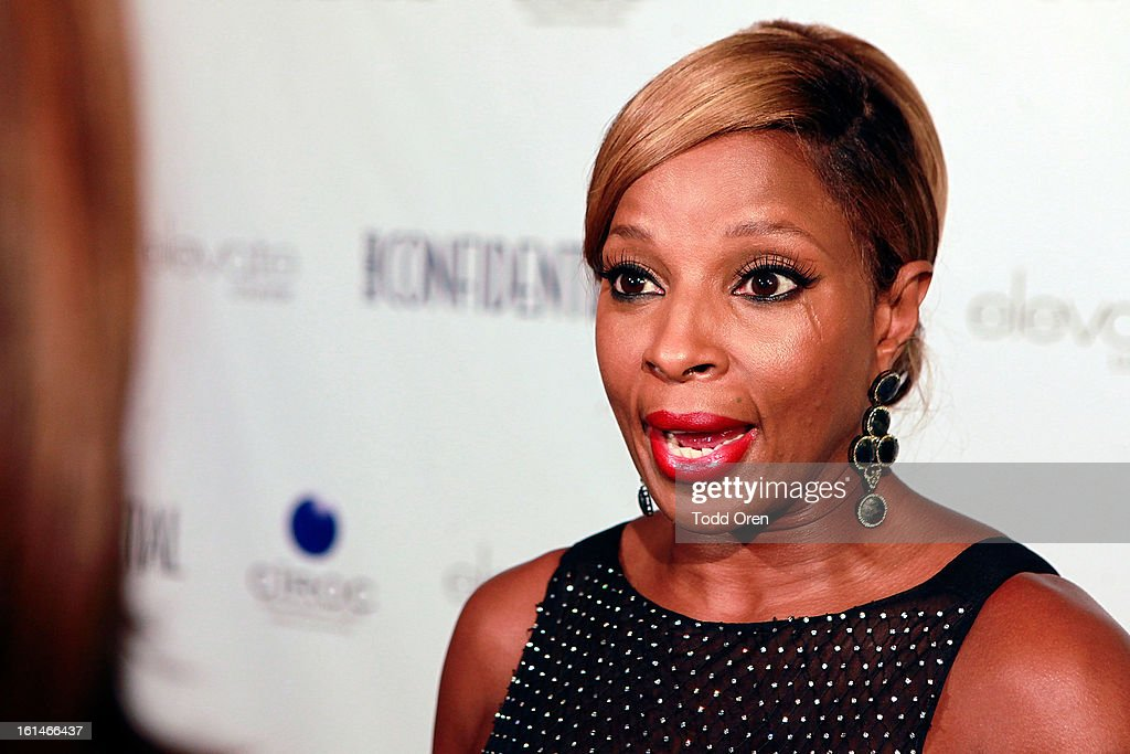 Singer Mary J. Blige talks at the Los Angeles Confidential Celebrate THE GRAMMYS at Elevate Lounge on February 10, 2013 in Los Angeles, California.
