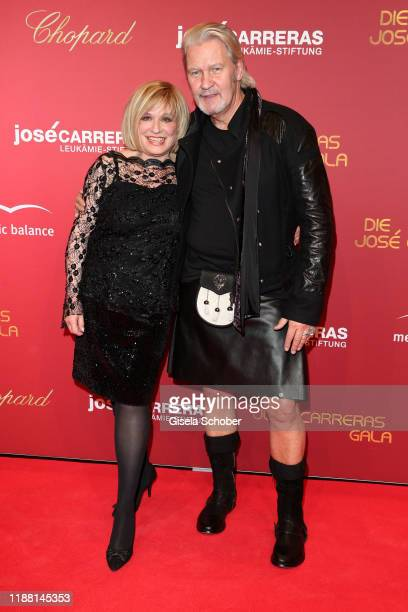 Singer Mary Roos and Johnny Logan during the 25th annual Jose Carreras Gala on December 12 2019 at Messe Leipzig in Leipzig Germany