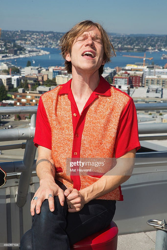 Singer Matt Shultz of Cage the Elephant performs during an EndSession on the roof-deck at the 107.7 The End radio station on August 27, 2014 in Seattle, Washington.