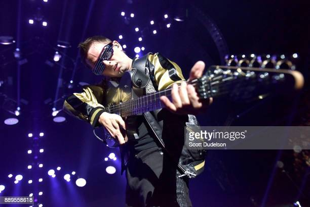 Singer Matthew Bellamy of the band Muse performs onstage during KROQ Almost Acoustic Christmast 2017 at The Forum on December 9 2017 in Inglewood...