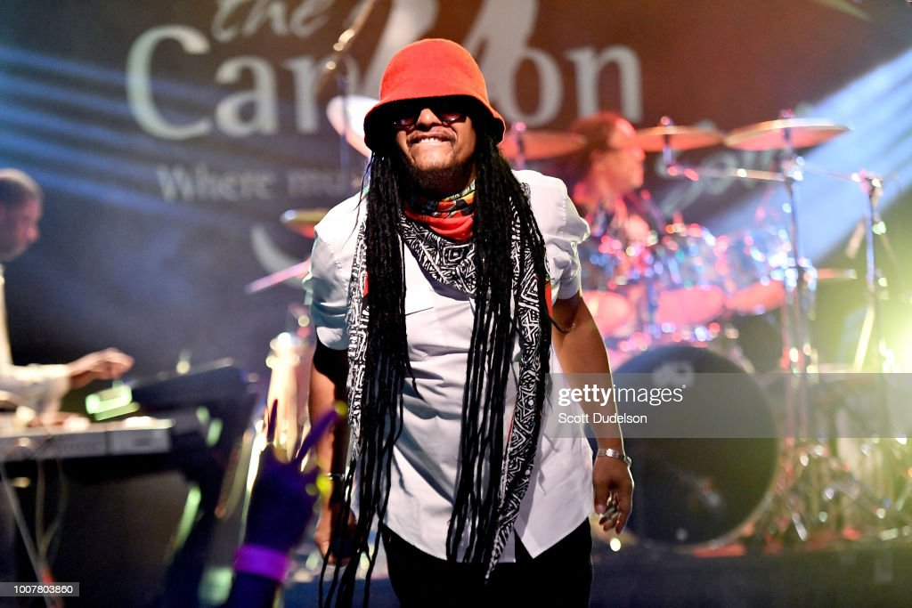 Maxi Priest Performs At Canyon Club : News Photo