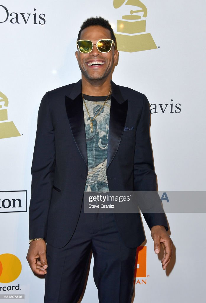 Singer Maxwell attends Pre-GRAMMY Gala and Salute to Industry Icons Honoring Debra Lee at The Beverly Hilton on February 11, 2017 in Los Angeles, California.