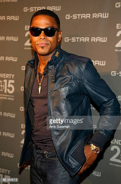 Singer Maxwell attends the G Star Spring 2009 fashion show during MercedesBenz Fashion Week at the Park Avenue Armory on September 11 2008 in New...