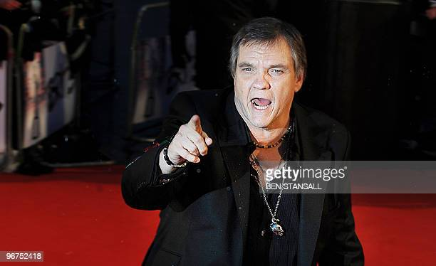 Singer Meatloaf arrives for The Brit Awards 2010 at Earls Court in London on February 16, 2010. AFP PHOTO/Ben Stansall