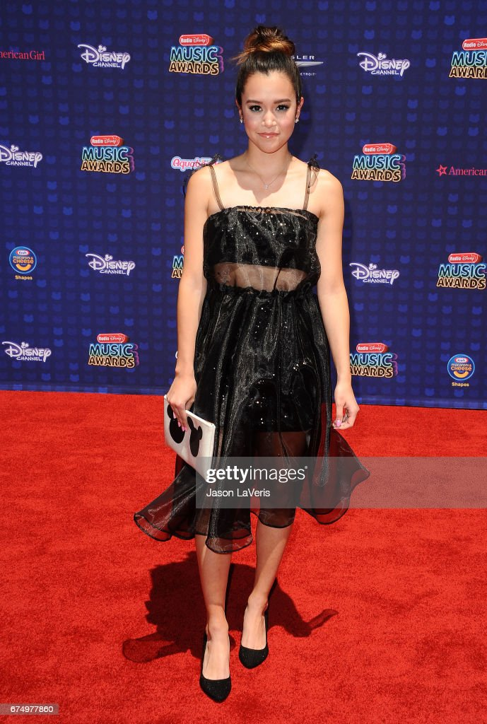 2017 Radio Disney Music Awards - Arrivals : News Photo