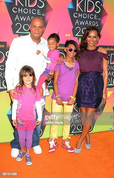 Singer Melanie Brown and her husband Stephen Belafonte and family arrive at Nickelodeon's 23rd Annual Kid's Choice Awards at Pauley Pavilion on March...