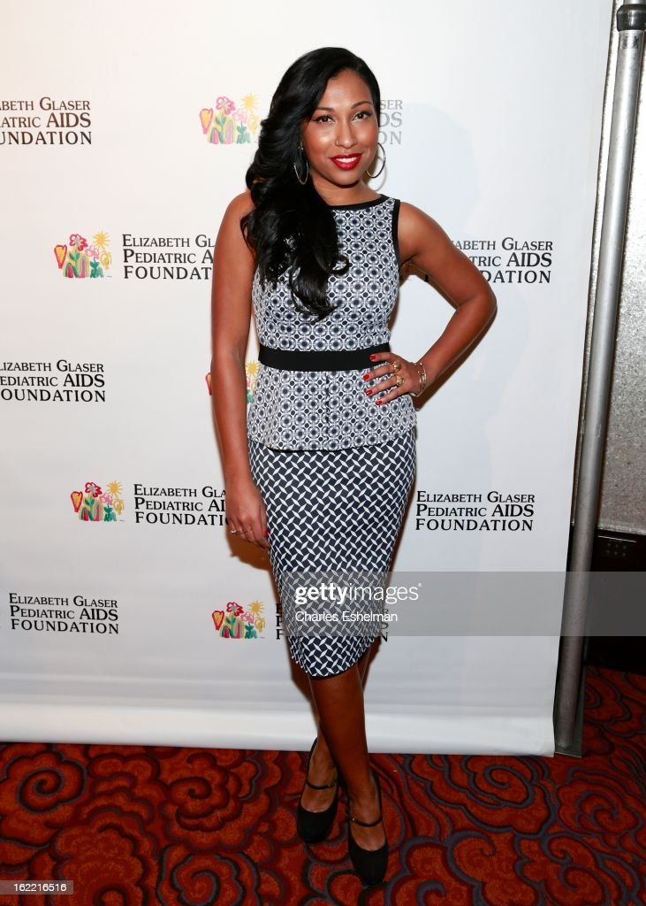 Singer Melanie Fiona attends the 2013 Elizabeth Glaser Pediatric AIDS Foundation awards dinner at Mandarin Oriental Hotel on February 20, 2013 in New York City.