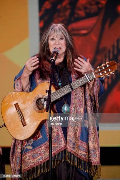 Singer Melanie Safka performs during the tv show 'Gottschalks grosse 68er Show' on September 6, 2018 in Hamburg, Germany.