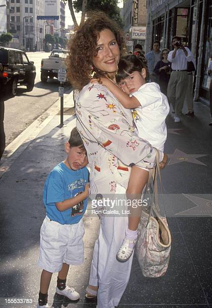 Singer Melissa Manchester son Nathan De Remer and daughter Hannah De Remer attend the Little Nimo Hollywood Premiere on August 15 1992 at El Capitan...