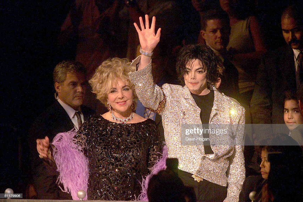 Singer Michael Jackson and actress Elizabeth Taylor arrive at his 30th anniversary celebration on 10th September, 2001 in Madison Square Garden in New York.