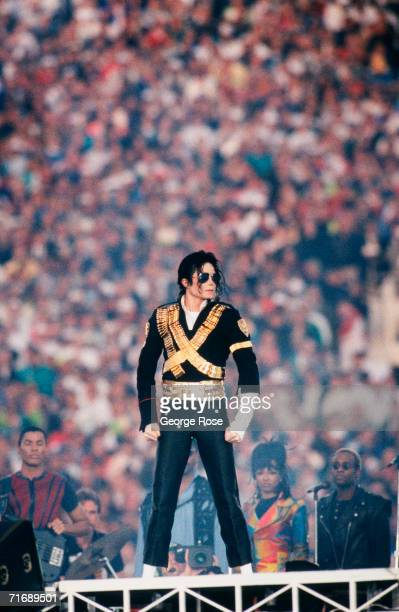 """Singer Michael Jackson performs at the 1993 Pasadena, California, Superbowl XXVII halftime show. The """"King of Pop"""" performed several songs including..."""