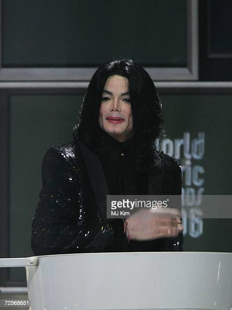 Singer Michael Jackson receives the Diamond Award on stage during the 2006 World Music Awards at Earls Court on November 15 2006 in London