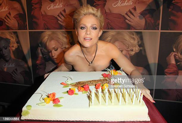 Singer Michelle Presenting Her Birthday Cake During The Celebration Of 40th At Claerchens Ballhaus