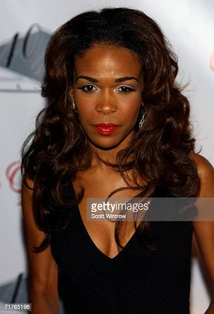 Singer Michelle Williams attends Beyonce Knowles' birthday and album release party for her new album B'Day at 40/40 Club August 31 2006 in New York...