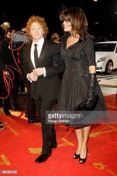 Singer Mick Hucknall and partner Gabriella Wesberry attend the Goldene Kamera 2010 Award at the Axel Springer Verlag on January 30 2010 in Berlin...